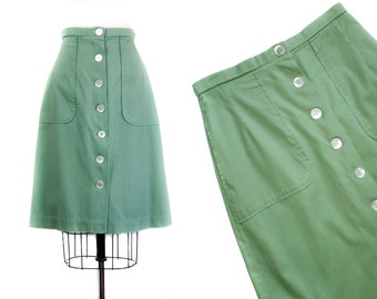 1970s skirt // Grasshopper green vintage 70s skirt with large pockets . md / lg