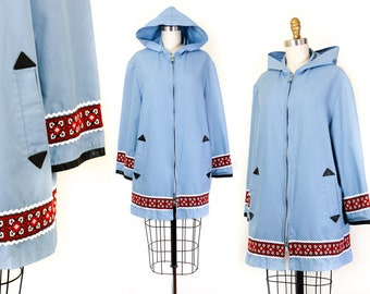 April Showers // 1970s hooded rain coat with ribbon trim Md