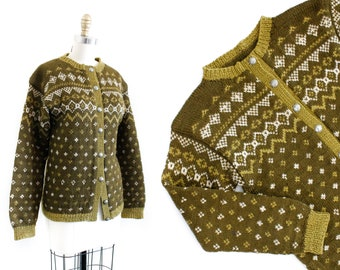 Vintage Fair Isle cardigan // Moss & Stone vintage Nordic 1960s hand knit orlon cardigan sm / md