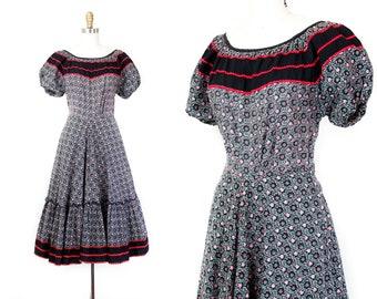 1940s dress // Wild Rose vintage 40s 50s cotton floral print patio style dress Md