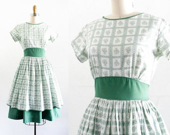 Vintage 1950s dress . Rosemary and Sage . floral print cotton dress . 1950s green dress by Cinderella sm / md