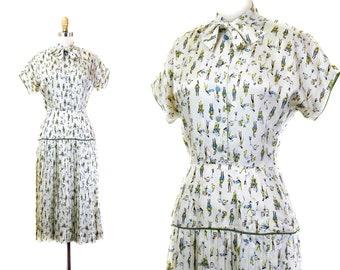 1950s novelty print dress // Tinker, Tailor nursery rhyme print vintage 1950s dress . sm