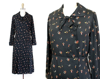1930s dress // Rosehips and Nutmeg vintage 1930s black rayon crepe dress with floral print sm