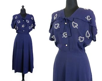 1940s blue dress // Arrow Leaf vintage navy blue embroidered 1940s rayon dress by L'Aiglon XL plus size