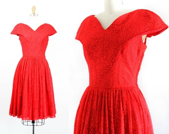 1950s red dress // Red Hot vintage 1950s lace dress // vintage party dress . md
