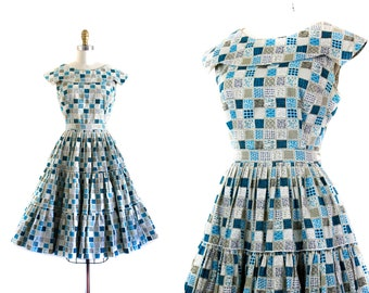 1960s patio dress set //  Holly Hobbie blue patchwork print 50s / 60s dress . patio skirt set . md