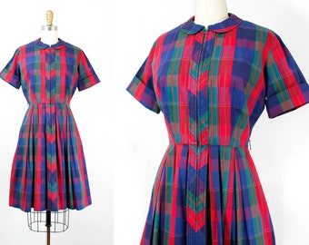 Carnival Glass // 1960s bold plaid shirtwaist dress . small