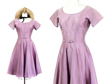 1950s dress // Lavender vintage new look 1950s party dress with full skirt . sm / md