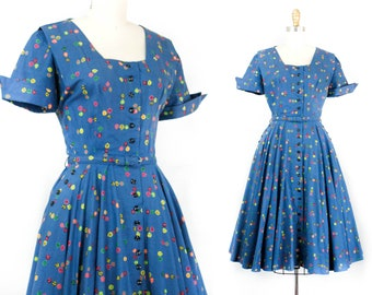 RESERVED 1950s blue dress // Fairest of the Season leaf print 50s dress with full skirt . sm / md