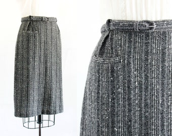 Vintage 1950s pencil skirt . Birch Wood . charcoal grey flecked wool skirt . 1950s wool skirt by College Town