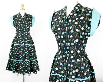 Vintage 1950s dress . Moonlight Blooms . floral print day dress . 1950s party dress . sm / small