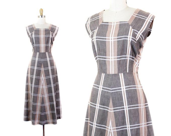 Featured listing image: 1940s plaid dress // Sand Dollar brown vintage 40s sundress . md / lg