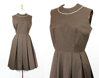 1950s brown dress // vintage 50s/60s cotton sleeveless day dress . md / lg