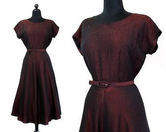 Crimson Peak // 1950s red sharkskin taffeta plisse fit and flare dress Lg