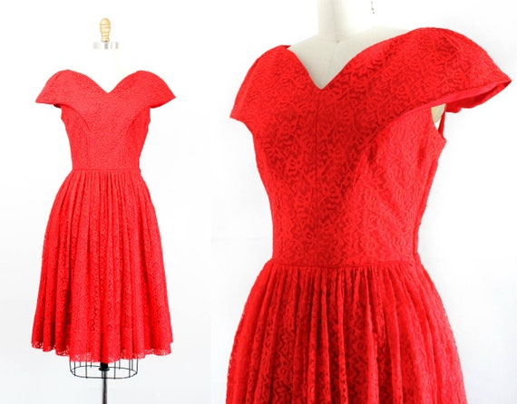 1950s red dress // Red Hot vintage 1950s lace dres