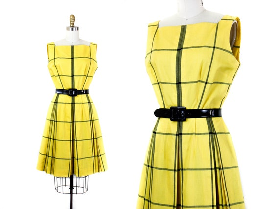 1960s plaid dress // Clueless yellow vintage windo