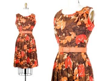 1950s leaf print dress // Autumn Splendor vintage fall foliage 50s dress by Mode O'Day . small