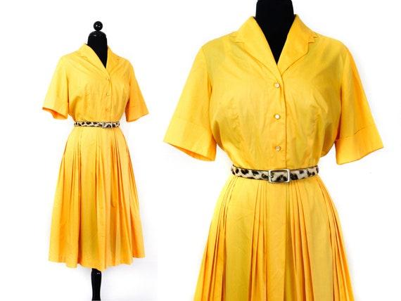 1960s shirtwaist dress // Marigold vintage 1960s y