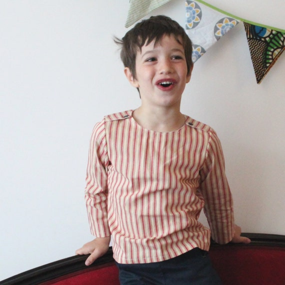 SALE - Boys nautical shirt, blue or red | Sailboat shirt | Crew neck boy shirt | French style children shirt