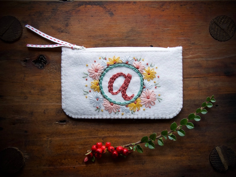 Personalized Felt Make-Up Coin Purse Wallet ø Hand Embroidered image 0