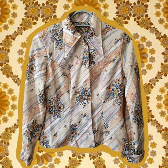 1970's Dagger Collar Shirt.