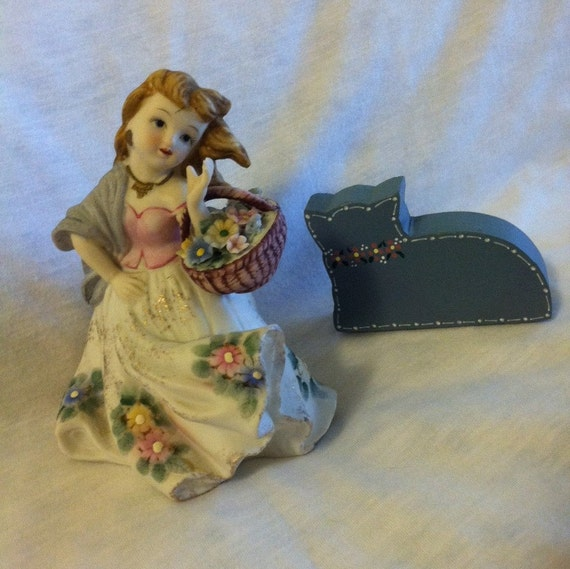 Country Girl With Flower Basket Figurine Vintage Lefton Etsy