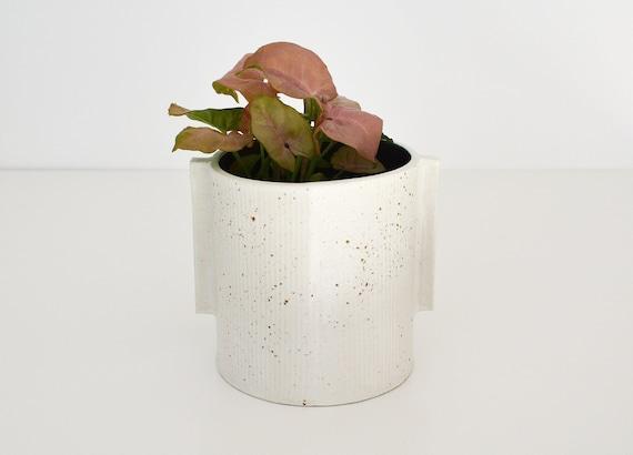 "Speckle Contrast Ceramic Planter | Vessel |  12cm (4.75"") tall"