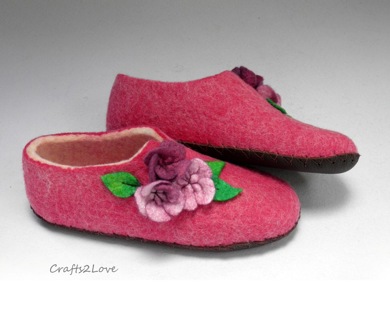 2c369be6cdd31 Felted slippers for woman with soles Felt slippers Womens wool slippers  with flowers Magenta Woolen slippers House shoes