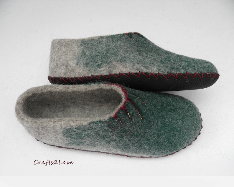 89d6cee945958 Womens felted slippers Wool slippers Felt slippers with soles Vegetarian  Christmas gifts Made to order