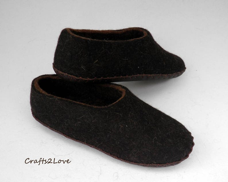 f2cc64dabc312 Felted slippers for men Felt wool slippers men Home shoes Eco friendly  shoes Warm bedroom slippers Natural Made to order