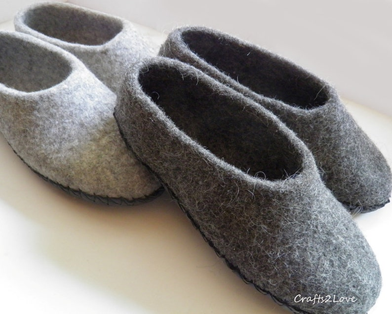 3b78169d1afee Grey Felt slippers Women felted slippers Wool slippers with leather soles  Warm bedroom slippers Minimalist- Natural- Grey- Made to Order