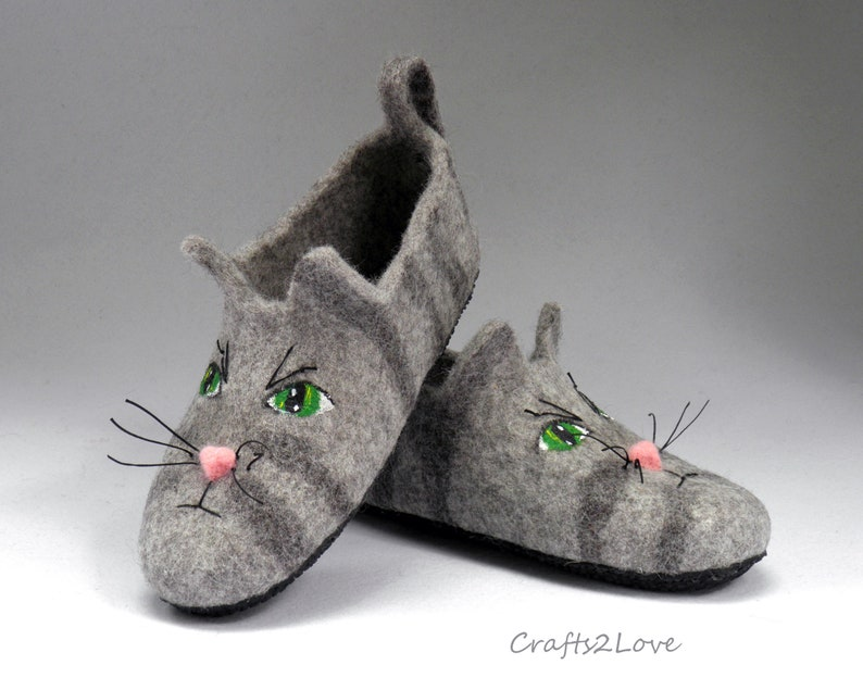 c8e88e7bad4a9 Cat slippers for men with soles Felted slippers Felt Wool slippers ECO  American Wirehair cat Hand Made Natural wool