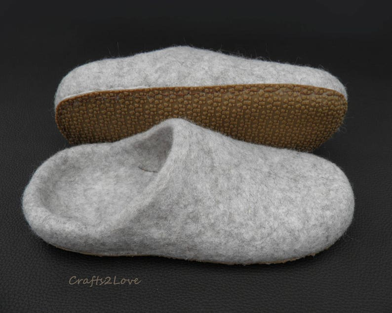 b68c522d16e12 Felt wool slippers Felted slippers Womens slippers with soles Slide wool  slippers Hygge home shoes