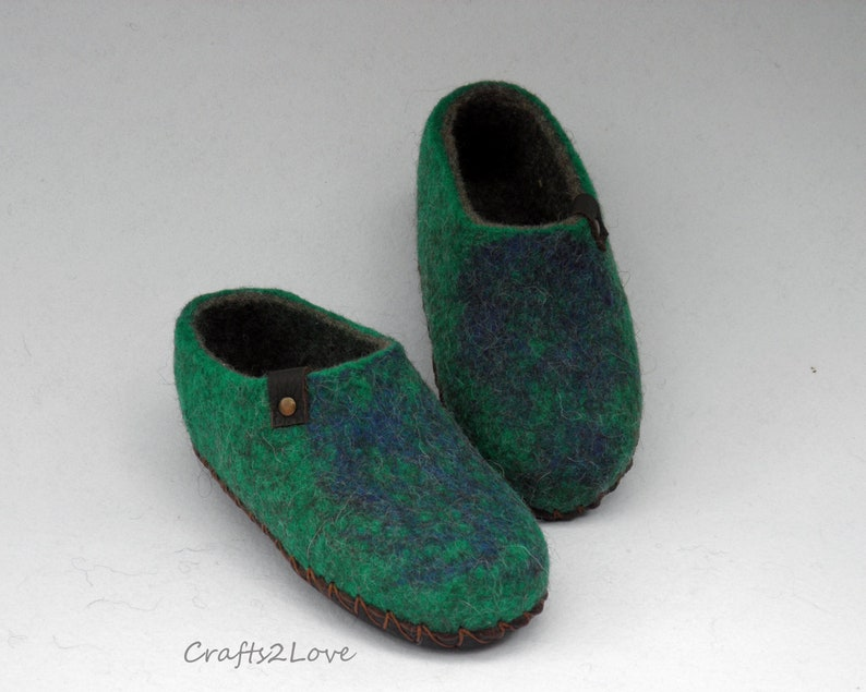 d89afc1485037 Felted slippers for women Felt wool slippers with soles Womens bedroom  slippers Made to order