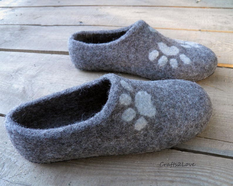 57c0605db14cb Cat Felted slippers for men Wool slippers with soles Gray Mens felt  slippers Personalized cat lover gift men