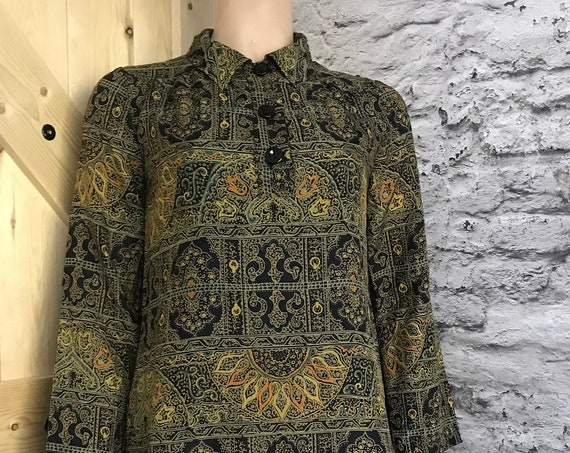 Vintage dress | autumn pattern |  | autumn colors | made in France | green yellow black tones | printed | shirt dress | skirt | top, size S
