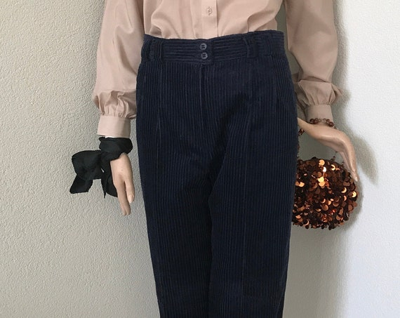 Vintage corduroy pants | dark blue | trousers | Spotlight Clothing | eighties | high waist | velour | velvet | size M