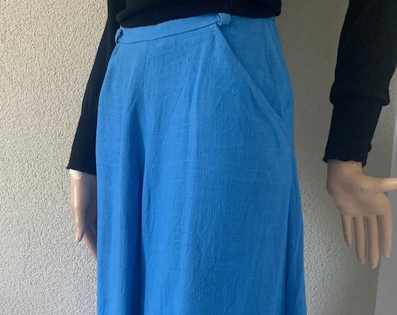 Vintage blue skirt | Go-del London | UK designer | high waist skirt | seventies | flared | A-line | linen structure |size small
