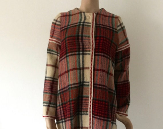 Handmade coat | blanket coat |  jacket | blanketcoat | wool | plaid | checkered |  fringles | size M