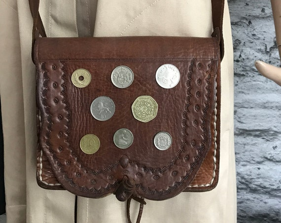 Vintage brown shoulder bag | Russia leather | cow leather | crossover | eighties bag | cross body bag | coin decoration
