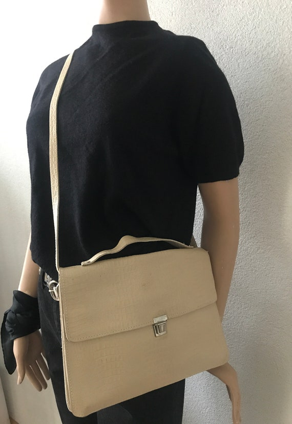 Vintage shoulder bag | offwhite leather | book bag | laptop bag | crossover | business bag | schoolbag | long strap | snake print