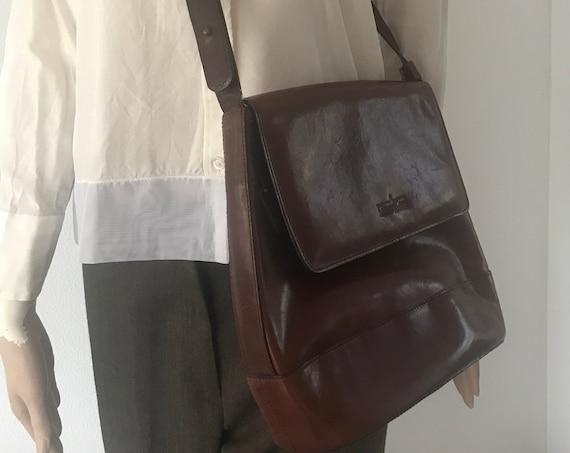 Beautiful vintage Gianni Conti shoulder bag | burgundy leather shoulder bag | designer bag | crossover bag  | Italian bag