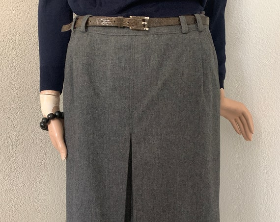 Vintage gray skirt | Daks London | UK designer | eighties | flared | A-line | wool | centre fold box pleat |size medium