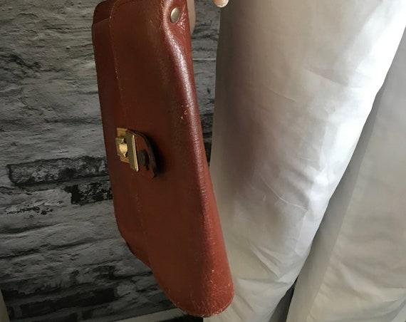 Vintage wrist bag | brown leather | small bag | eighties | burgundy | clutch