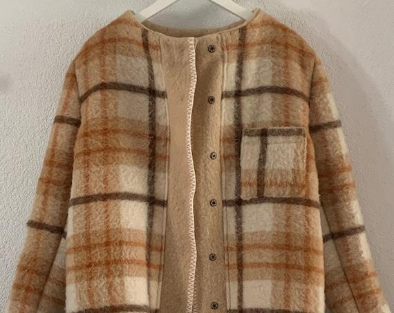 Handmade coat   hand tailored blanket coat   jacket   wool   blouse   checkered   plaid   AaBee blanket   Dutch blanket   Burberry look