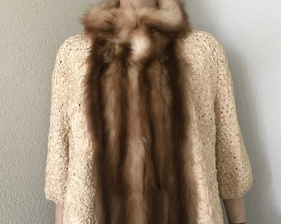 Vintage jacket | fur collar | handmade | fifties coat | beige | fifties | three quarter sleeves | Christmas outfit
