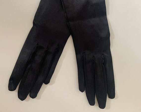 Vintage French gloves | black gloves | Lanat | made in France | shiny gloves | evening gloves | size 6,5