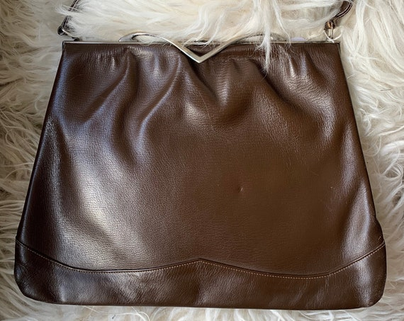 Vintage handbag | brown artificial leather | fifties bag | top handle | special closure