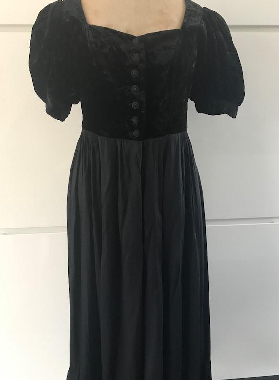 Vintage dirndl dress   Octoberfest dress   Sportalm dress   Austrian dress   Goth dress   Black dress   size EUR 38 - M