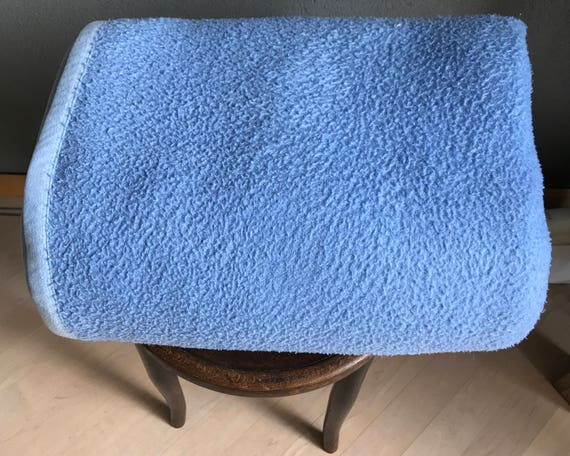 Vintage Dutch AaBee synthetic blue blanket